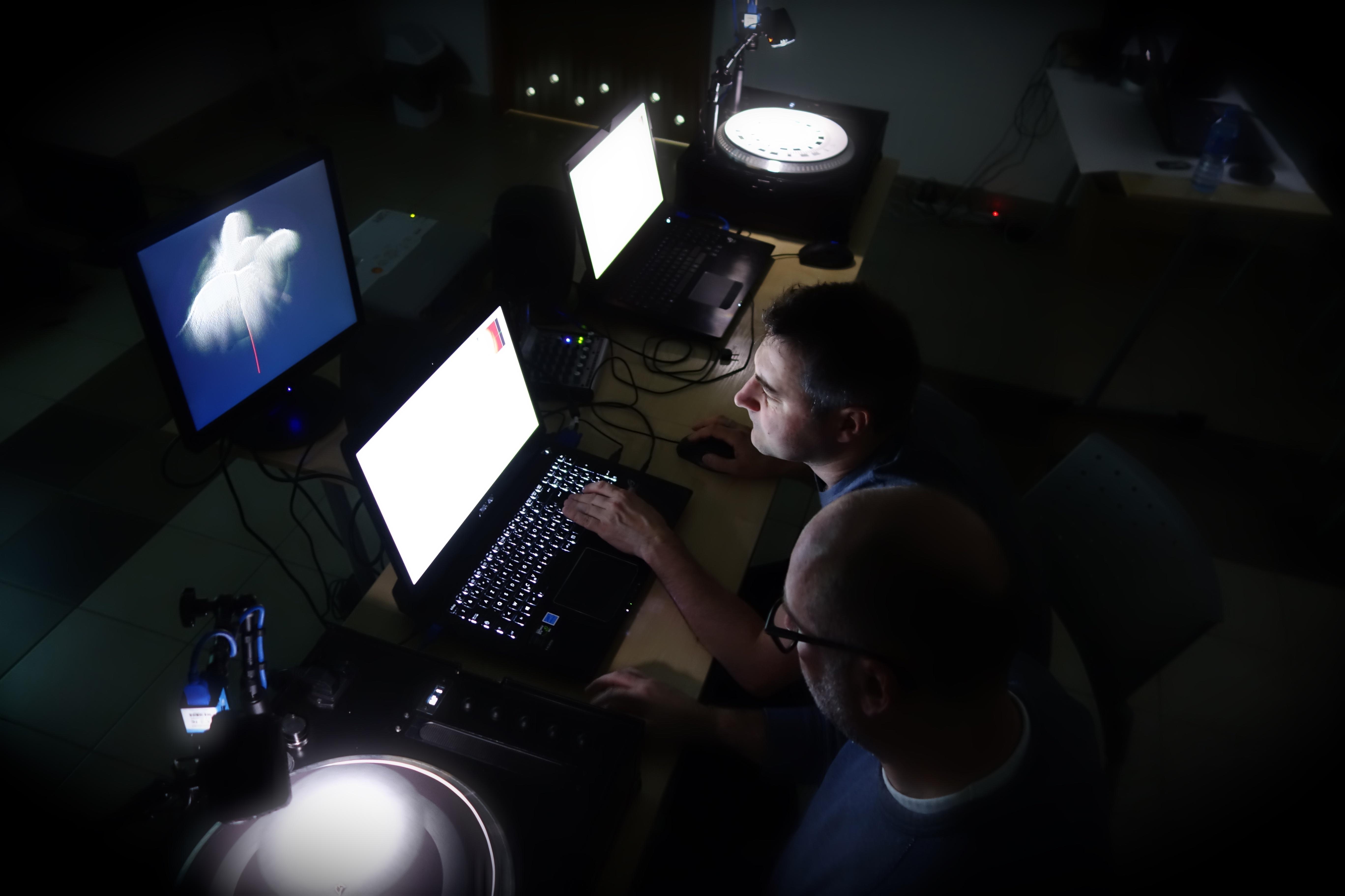 SOLARIS-1-Adam-Panasiewicz